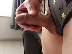 Yui Kawai Dazzles In Stockings